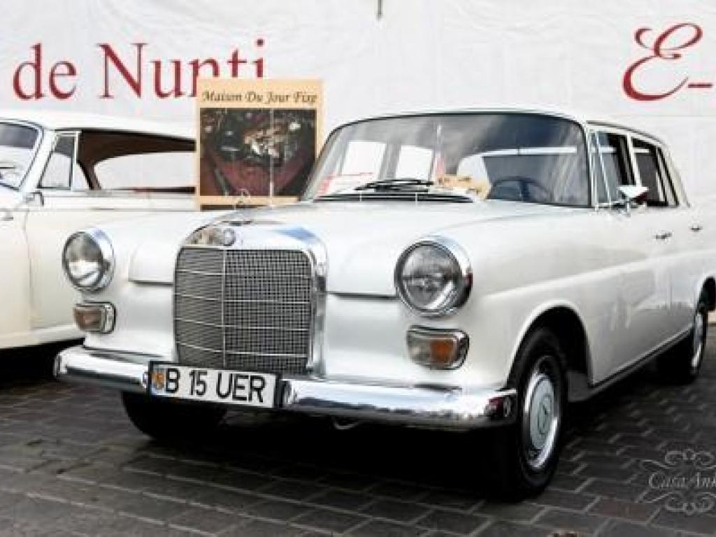 Mercedes alb