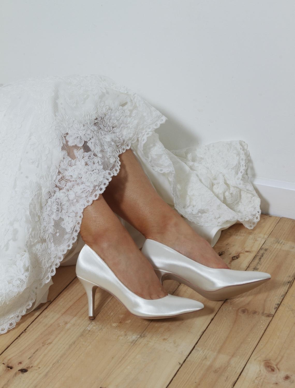 Pantofi de mireasa stileto
