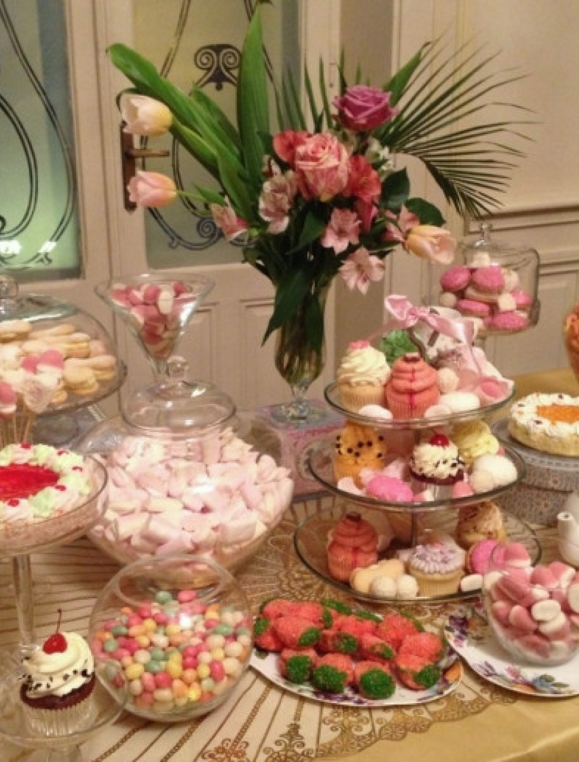 Candy Bar 200-300 persoan