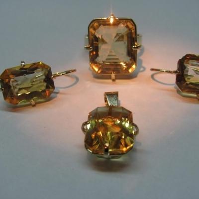 Set aur galben cu topaze aurii