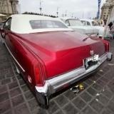 Cadillac rosu