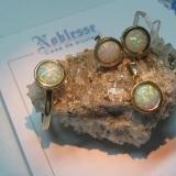 Set aur galben cu opal mozaicat