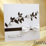 Invitatie de nunta alba cu funda si perle