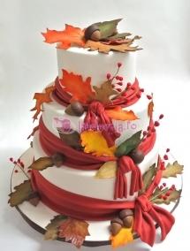 Tort de nunta cu frunze si ghinde