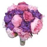 Buchet pentru cununie rotund, din hortensia Purple, bujor roz si trandafiri
