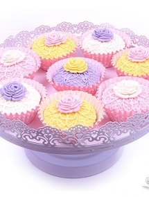 Briose cu pasta de zahar pastel